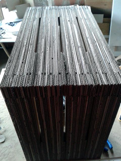 stol-z-tektury-3
