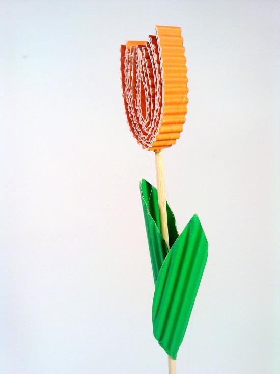 tulipan-2 - Zabawki z tektury, zabawki z kartonu