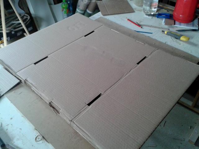 Projekty ksiazkowe z tektury - stolek - 3