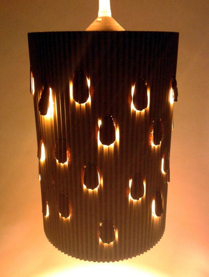 lampa-desczowa-z-kartonu-4