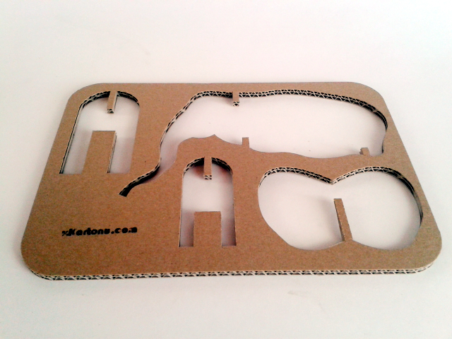Slon z kartonu - 2