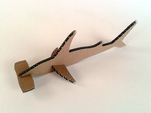 rekin z kartonu - 2