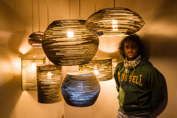 Szaman i lampy / Szaman and lamps