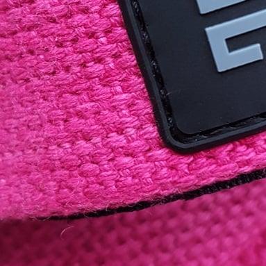 Pink farvede vægtløftnings straps fra det danske firma ZLCOPENHAGEN