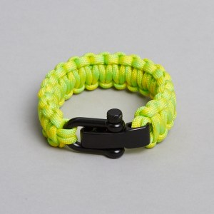 Yellow green black paracord beauty by ZLCOPENHAGEN. Find more colour combinations at our online shop. Danish Design | Recycled Nylon