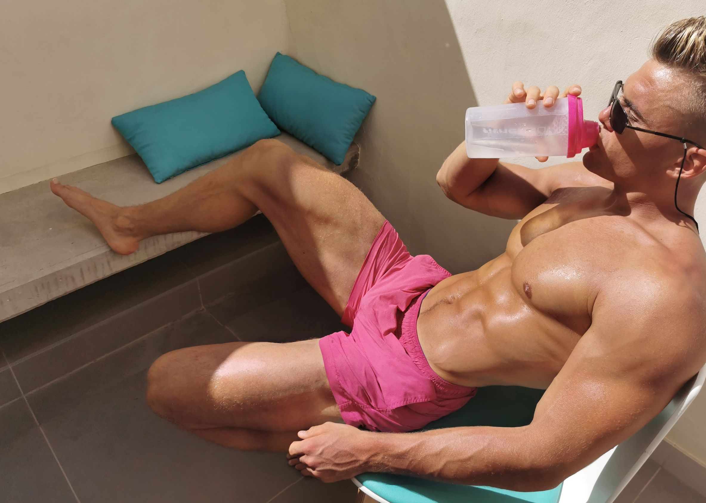 v sex lines - How to look good naked_the importance of sex lines in abdominals