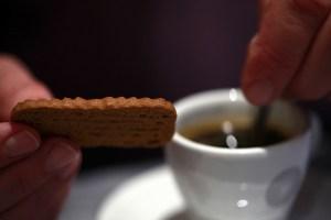 קפה ועוגיות במואביט