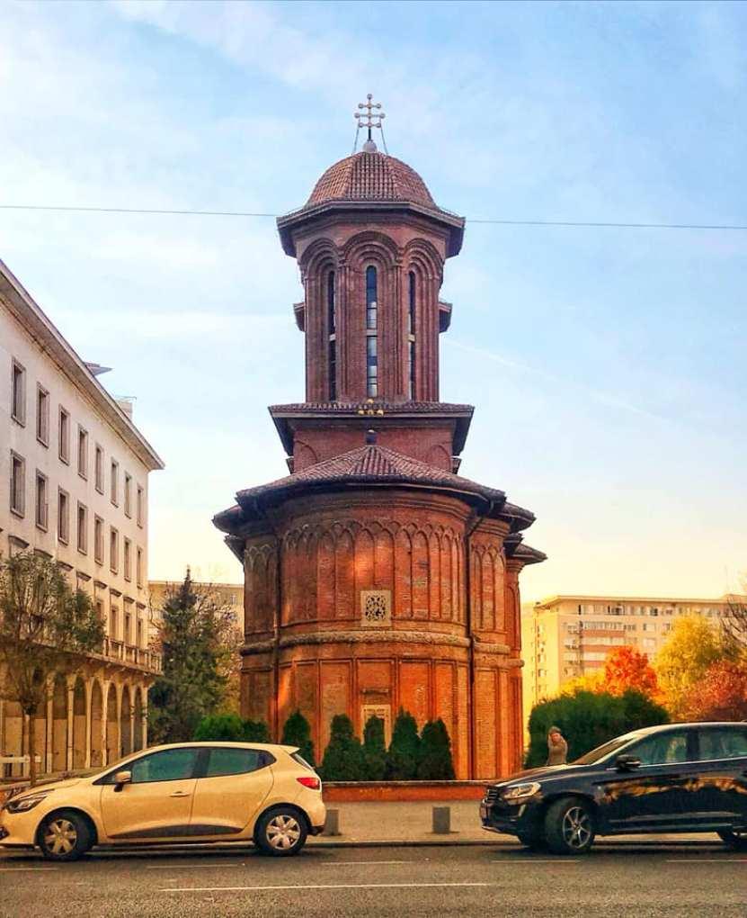 כנסיית קרצולסקו ברחוב ויקטוריה
