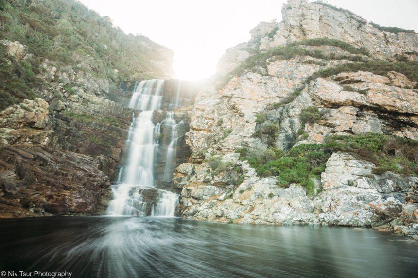 המפל בסוף מסלול הwaterfall trail בציציקמה