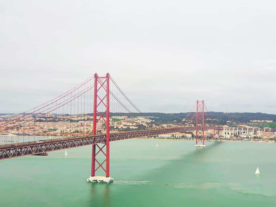 גשר 25 באפריל, ליסבון