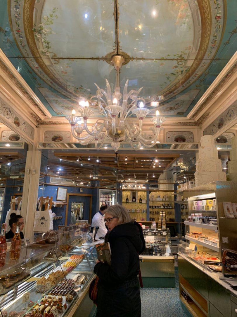 רחובות אוכל בפריז