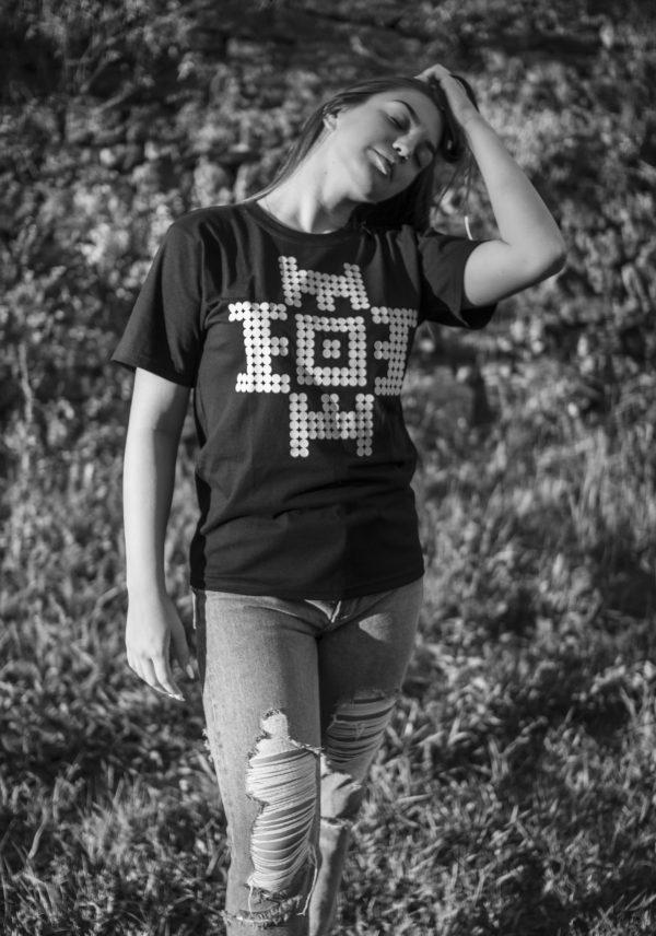 ZMIJANJE.design DOTTED T-Shirt