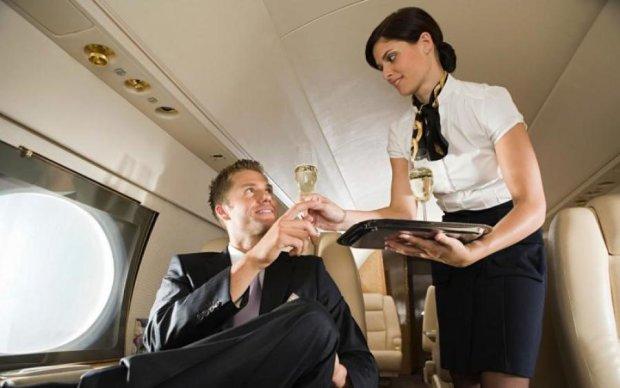 Стюардесса рассказала об интимных утехах vip-пассажиров