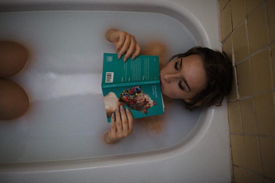 Как горячая ванна влияет на качество сна