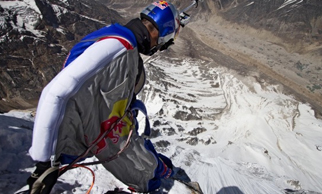 Extreme sports star Valery Rozov jumps off Mt Everest