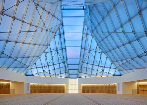 Ismaili-Centre-by-Moriyama-and-Teshima-Architects_dezeen_784_9