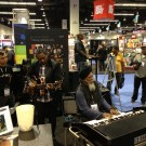 Dr. Lonnie Smith MURDERING on organ at NAMM (Jan. 2013)