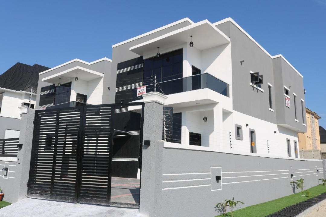 HOW TO PROTECT YOURSELF WHEN BUYING PROPERTY IN NIGERIA
