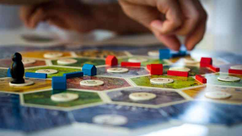 The 12 incredible benefits of board games on HEALTH 1