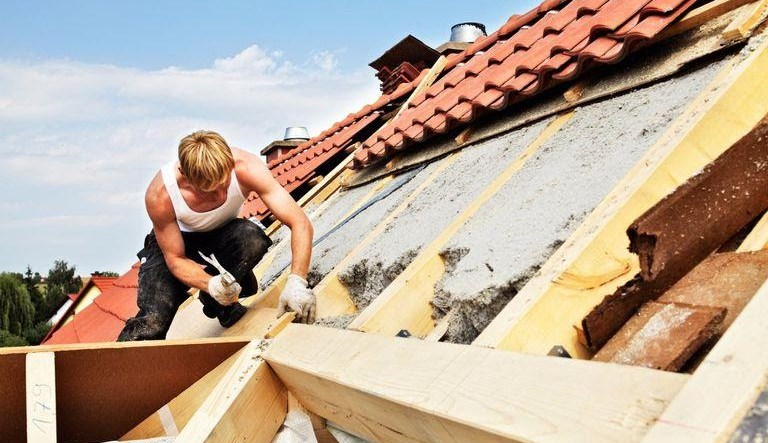 How much does the roof renovation cost? 1