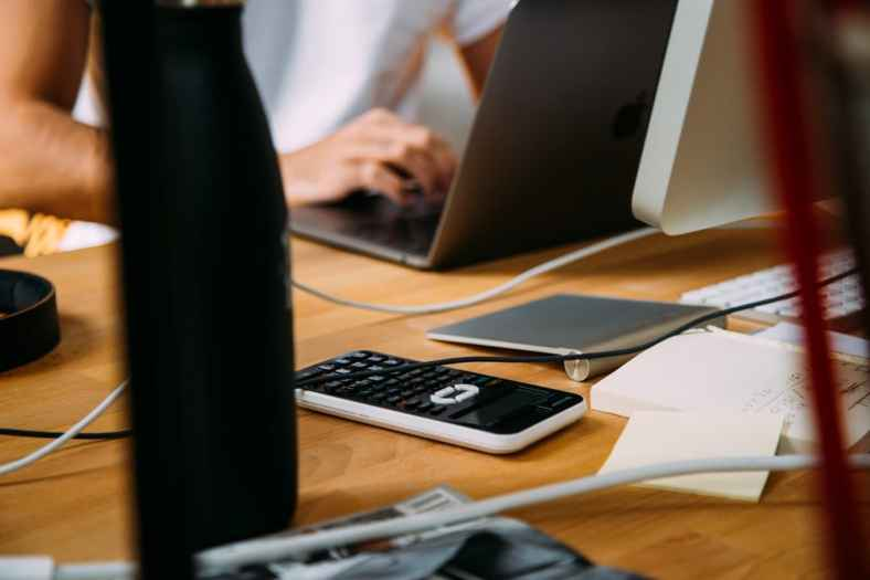 How to Become a Freelance Bookkeeper 2