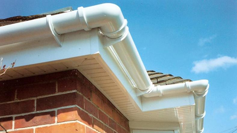 5 Things You Must Know About Gutters and Downpipe Repairs