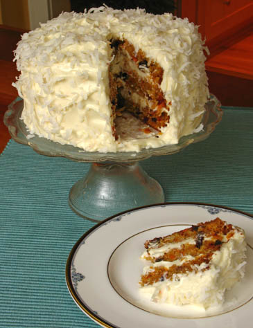 How to make carrot cake with cream cheese frosting | photo by Zoë François