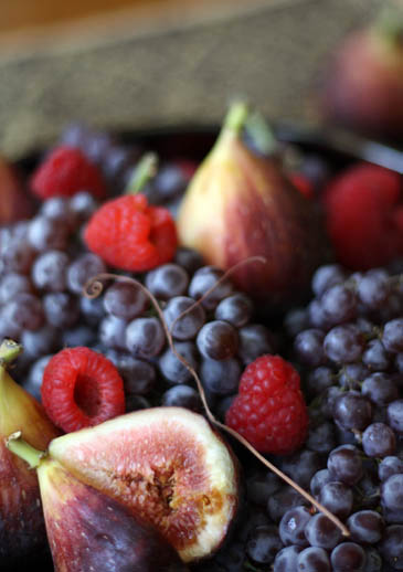 Fig Cake With Grapes And Raspberries | Labor Day Desserts | ZoëBakes | Photo by Zoë François