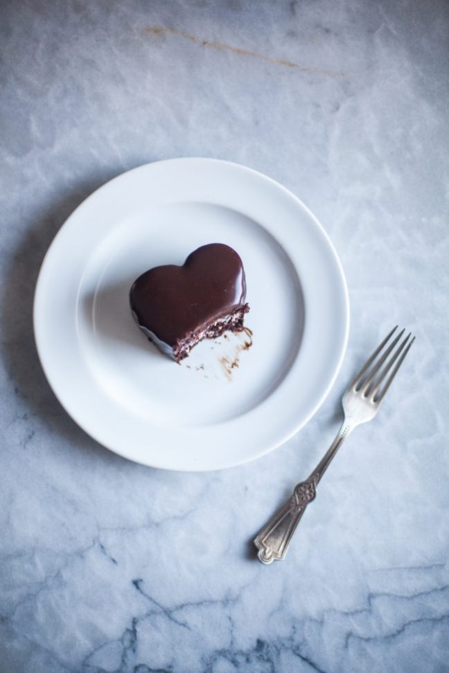 Valentine's Day Chocolate Cake with Raspberry Cream | Photo by Zoë François