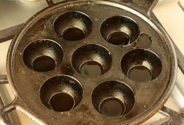 Empty seven hole baking pan Recipe | ZoëBakes | Photo by Zoë François