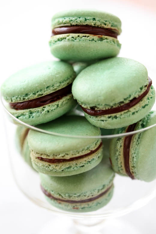 minty macarons recipe for St. Patrick's day | photo by Zoë François