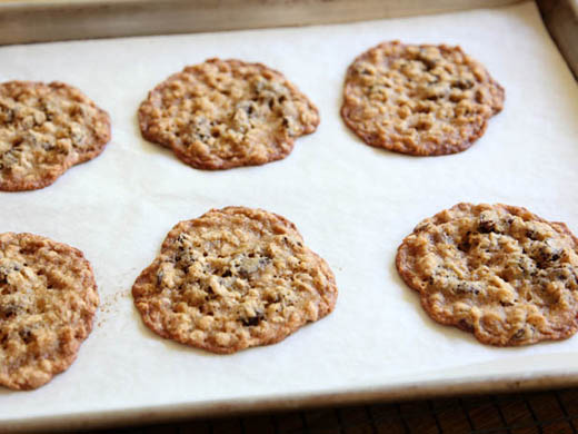Baking oatmeal raisin cookies | ZoëBakes | Photo by Zoë François