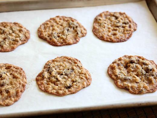Baking oatmeal raisin cookies | ZoëBakes | Photo by Zoë François