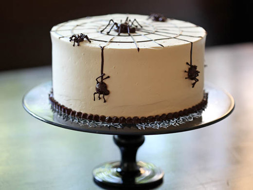 Halloween-spider-cake