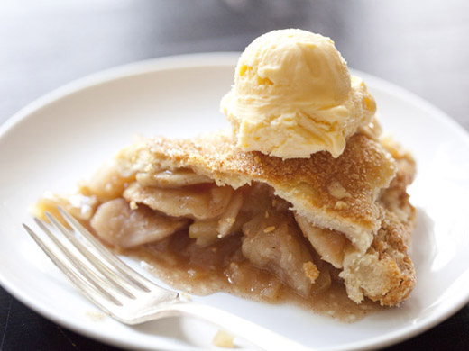 The best apple pie recipe - a slice of apple pie with a scoop of vanilla ice cream | photo by Zoë François