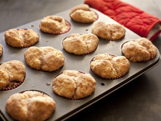 Baking monkey muffins | ZoëBakes | Photo by Zoë François