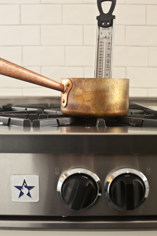 Saucepan and candy thermometer | how to make homemade marshmallows | photo by Zoë François