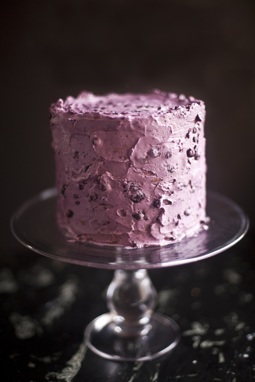 Assembling the Layered Blueberry Cake | photo by Zoë François