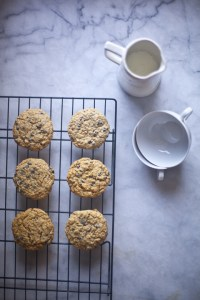 Gluten-Free Oatmeal Cookies with Maple Syrup