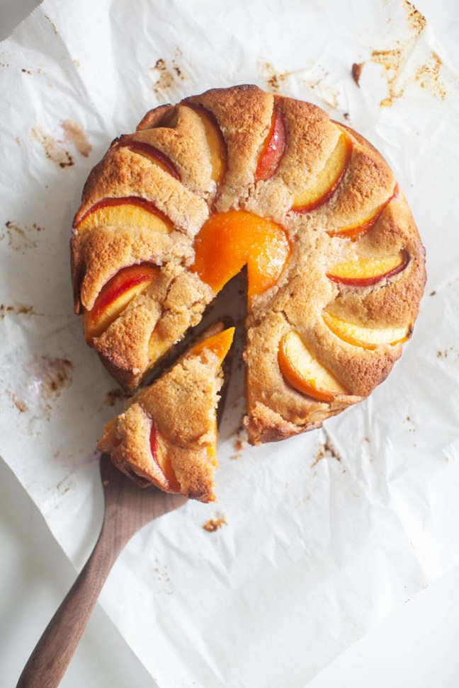 Peach Rye Cake | Photo by Zoë François | ZoeBakes