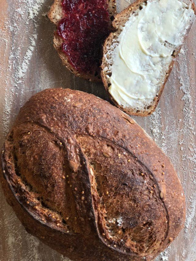 Baker's Field Table Bread