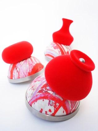 Zoe Robertson - jewellery artist - its sublime 2011