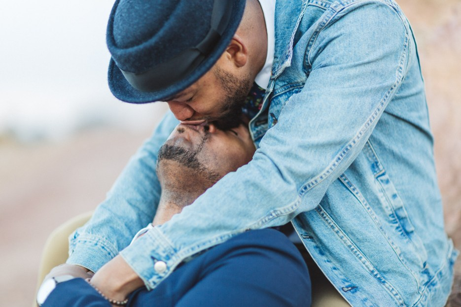 gay couple kissing in san francisco
