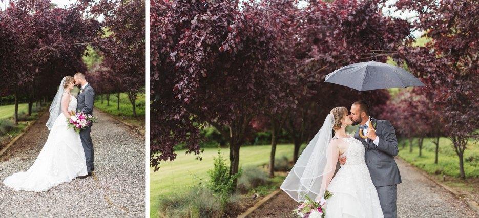 couple on rainy wedding day at monte verde inn auburn