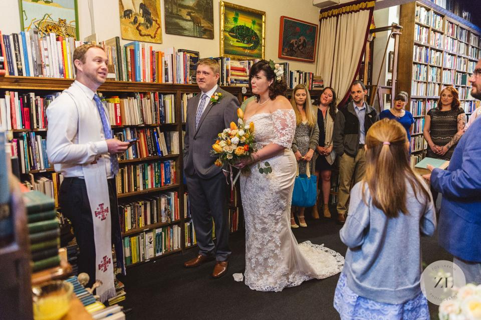 a micro wedding in a Bay Area bookstore, photographed by Zoe Larkin Photography