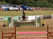 Rue flying in the Newcomers 2nd round 1st jump off!