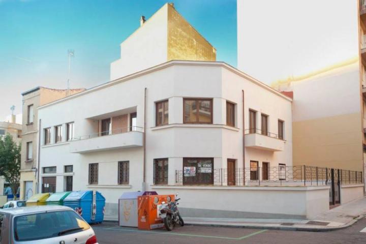 Edificio situado en Calle Wences Moreno 20