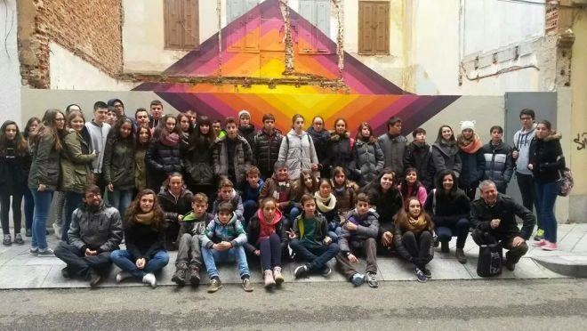 El numeroso grupo de alumnos procedentes de institutos gallegos. Visita de Alumnado de dos centros: Vilalonga y Tui.