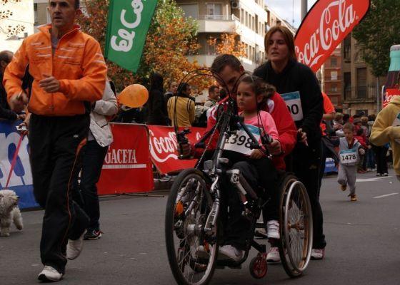 9dd4bfe3ab1e2 Mil pasos solidarios con la discapacidad en el deporte