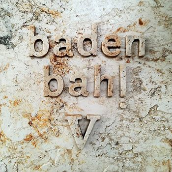 """Portada del disco """"V"""" de Baden Bah!"""